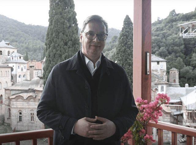 塞爾維亞總統武西奇在阿索斯山上度過聖誕節