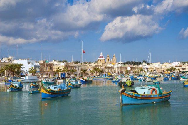 此島為遊客提供200歐元:唯一的條件是至少停留三天!